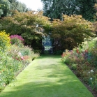 walled_garden_gallery3