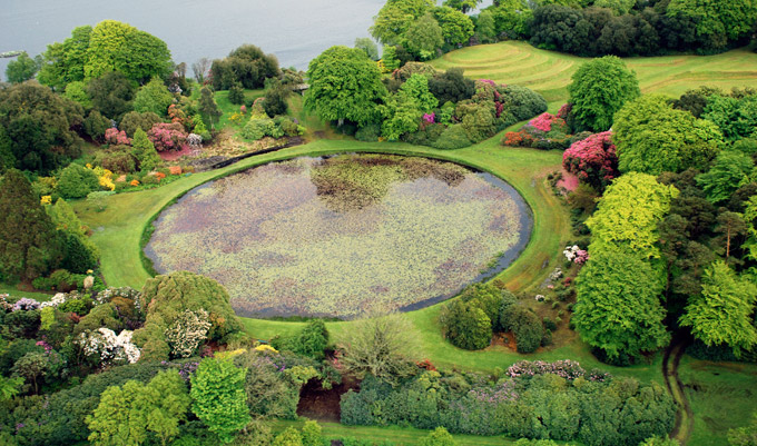 Collections castle kennedy gardens for Round garden pond designs